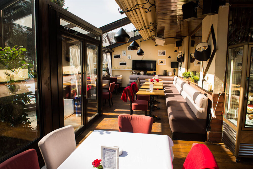 terasa gallo nero ramnicu Valcea restaurant italian creare site marketing online